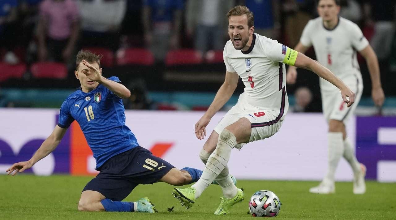 УЕФА предложили провести матч за Суперкубок между Италией и Аргентиной