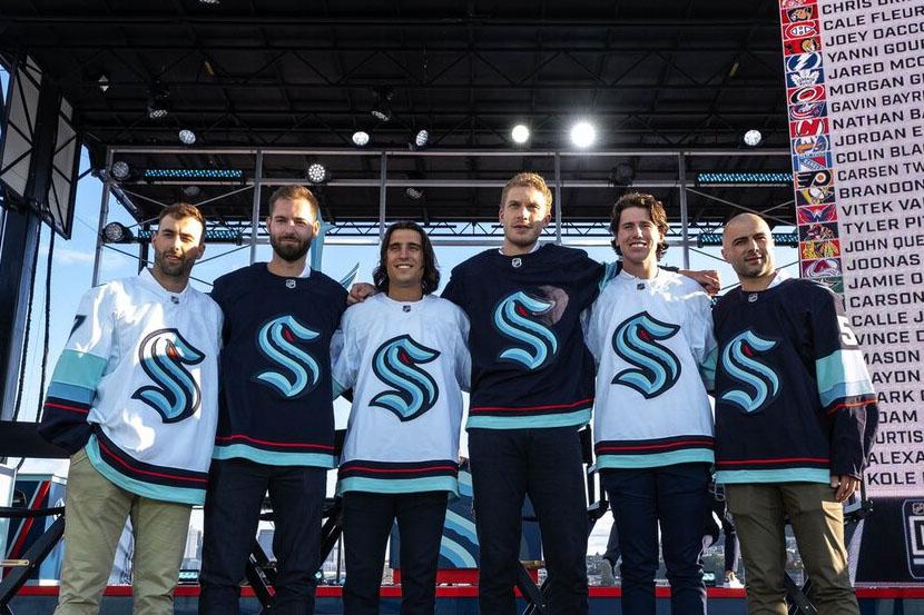 'Сиэтл' отказался от россиян на драфте расширения НХЛ