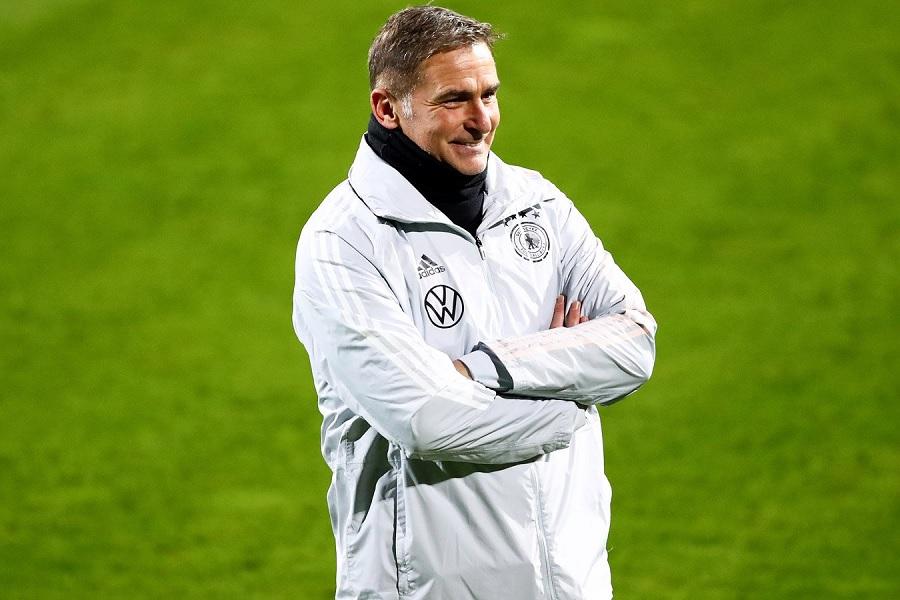Тренер молодёжной сборной Германии Кунц отреагировал на слухи о назначении в сборную России