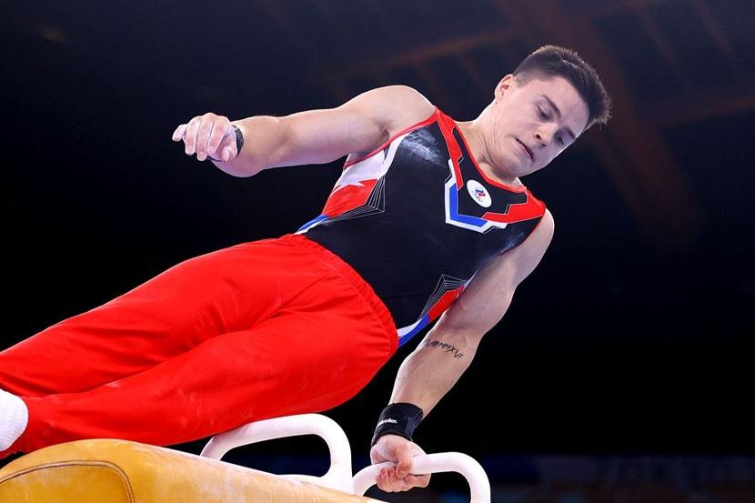 Российские гимнасты завоевали золото на Олимпийских играх в Токио