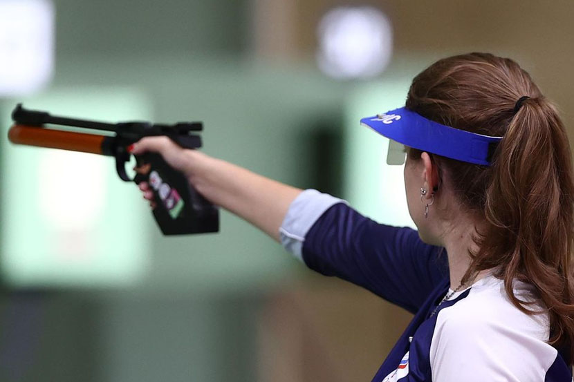 Бацарашкина пробилась в финал Олимпиады в Токио в стрельбе из пистолета с 25 м