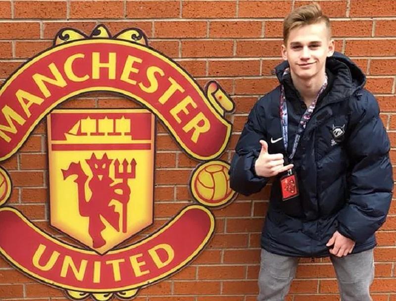 16-летний Пиняев дебютировал в РПЛ