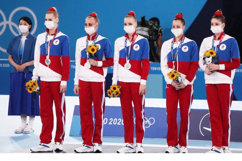 Сборная России по художественной гимнастике завоевала серебро в групповом многоборье на Олимпиаде в Токио