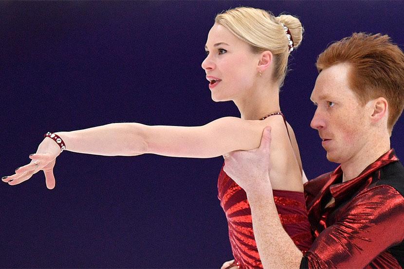 Тарасова и Морозов занимают первое место на Cranberry Cup после короткой программы