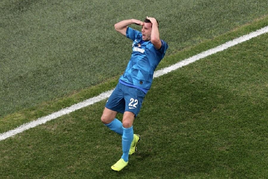 Карпин прокомментировал отсутствие Дзюбы в списке игроков, вызванных в сборную России