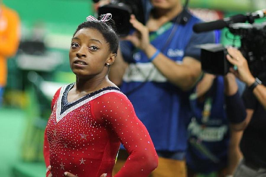 Старший тренер сборной России предрекла закат карьеры американской гимнастки Байлз