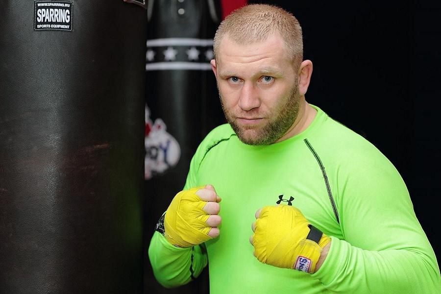 Харитонов предложили провести бой в Bellator, уже известен соперник