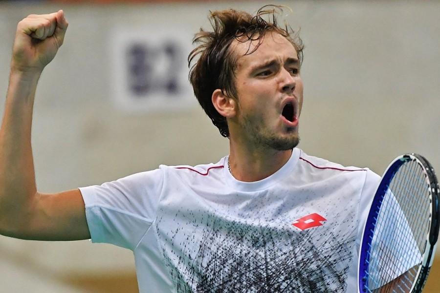 Медведев снова займёт 2-е место в рейтинге ATP после вылета Надаля с 'Мастерса' в Мадриде