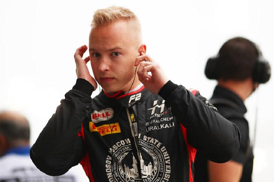 Экс-пилот Формулы-1: 'Мазепин ведёт себя неуважительно из-за денег папочки'