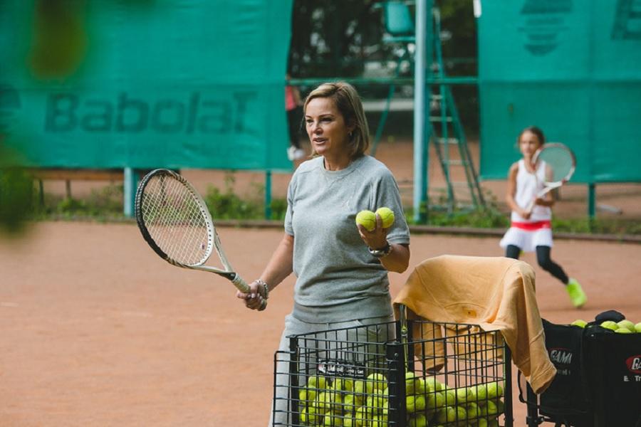 18-летняя теннисистка обвинила тренера в избиении ракеткой. Специалист является матерью Рублёва