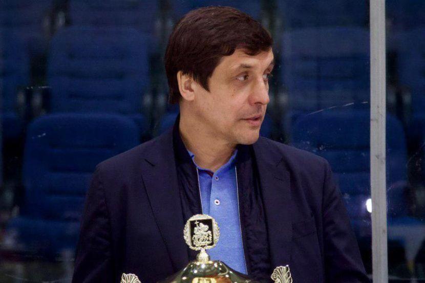 Каменский: 'Если вратарей Самонова и Федотова взяли в сборную на ЧМ, значит, на них надеются'