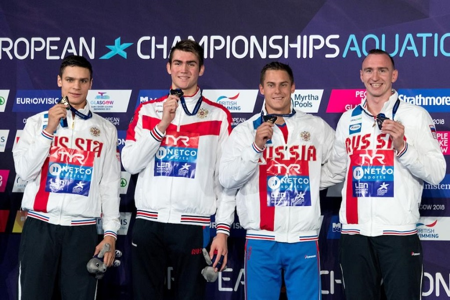 Российские пловцы стали чемпионами Европы в эстафете '4 по 100' вольным стилем