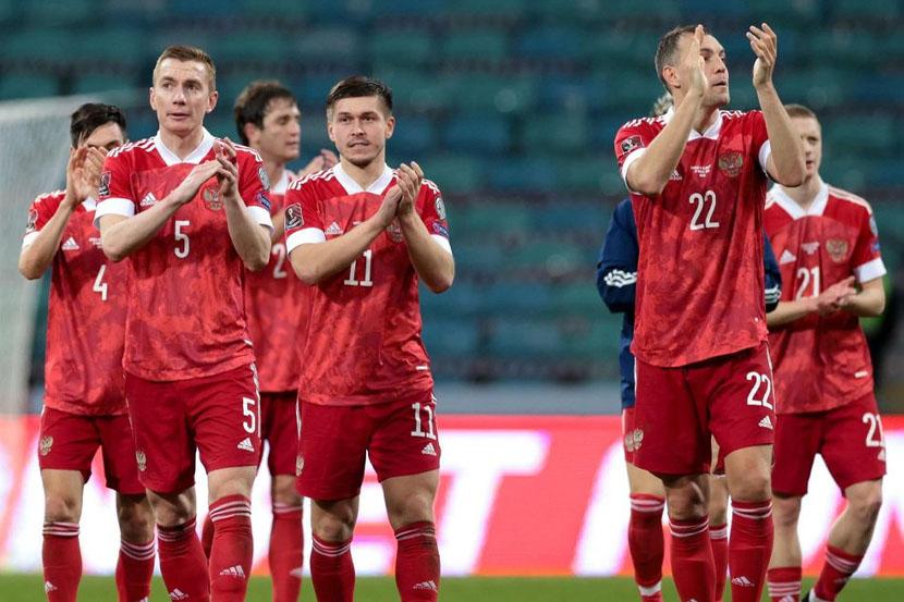 Футболисты сборной России провели вторую тренировку перед чемпионатом Европы