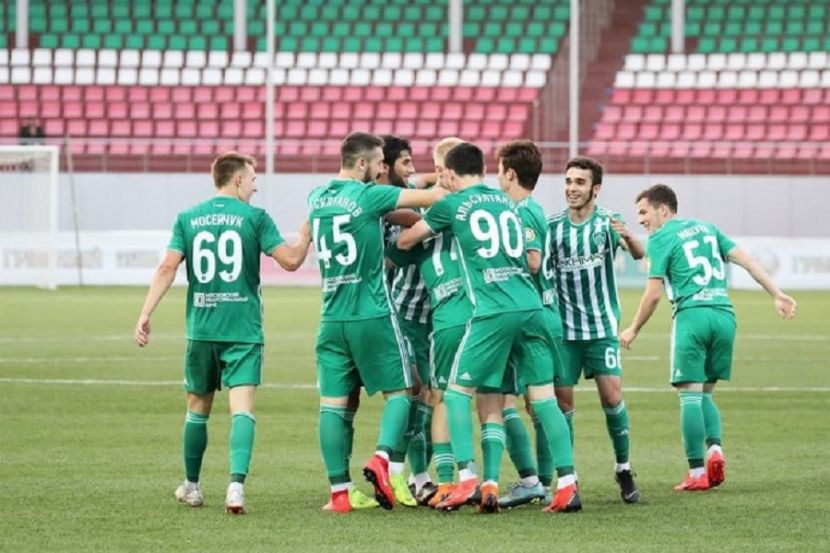 Восемь игроков 'Ахмата' дисквалифицированы за драку с футболистами 'Локомотива'