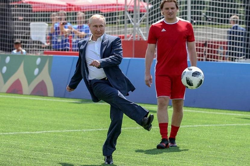Путин сообщил, что Россия поможет Катару в подготовке к ЧМ-2022 по футболу