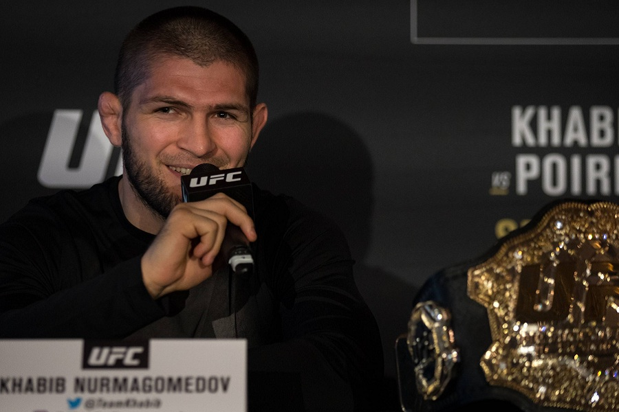 Боец UFC: 'Как можно считать величайшим в истории Нурмагомедова?'