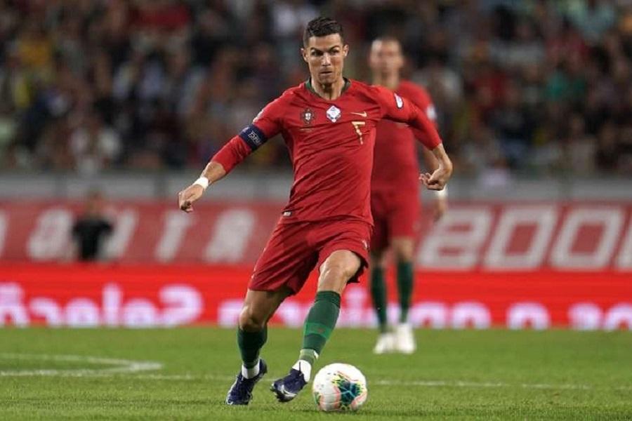 'Ювентус' не отпустит Роналду менее чем за 25 млн евро