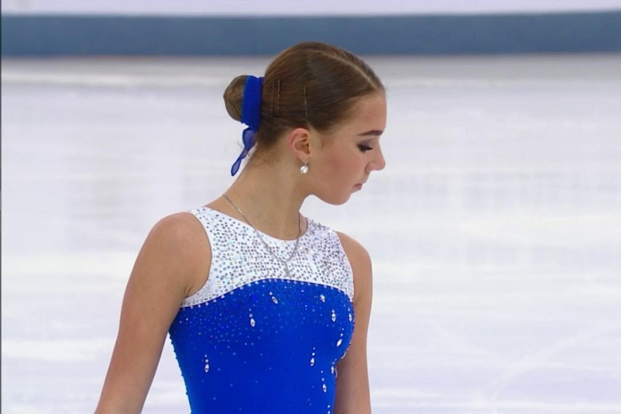 Фигуристке Нугумановой исполнилось 19 лет. ВИДЕО