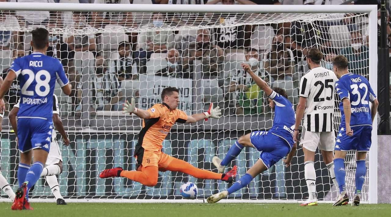 'Ювентус' проиграл 'Эмполи' в первом матче после ухода Роналду. Видеообзор встречи Серии А