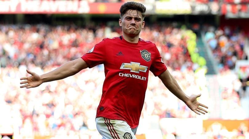 Нападающий 'Манчестер Юнайтед' перешёл в 'Лидс'