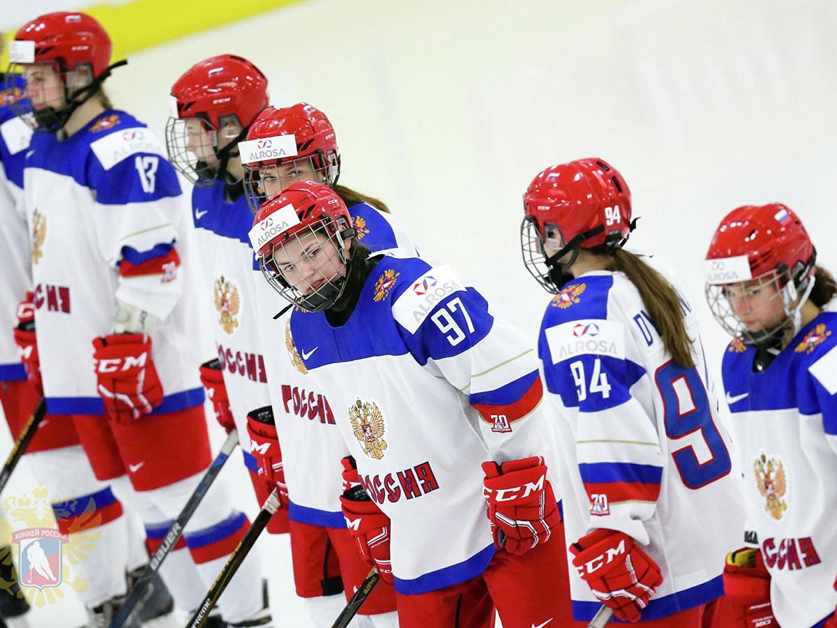 Женская сборная России по хоккею завершила чемпионат мира на пятом месте