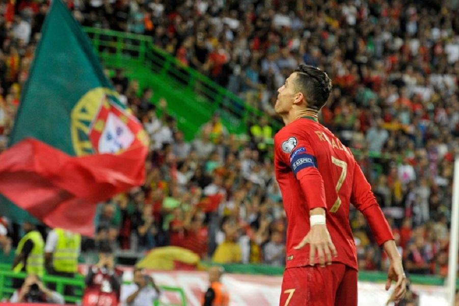 Роналду установил новый рекорд, став лучшим бомбардиром в истории сборных