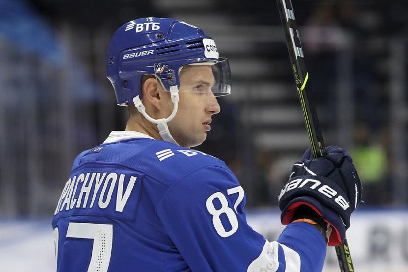Шипачёв стал лучшим ассистентом в истории КХЛ. 'Динамо' обыграло 'Адмирал'