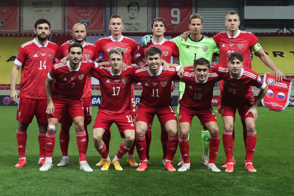 Сборная России вышла на 38-е место в рейтинге ФИФА