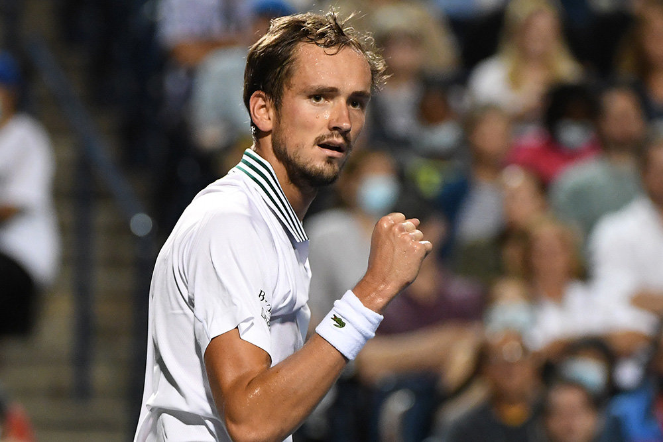 Медведев вышел в полуфинал турнира ATP в Торонто