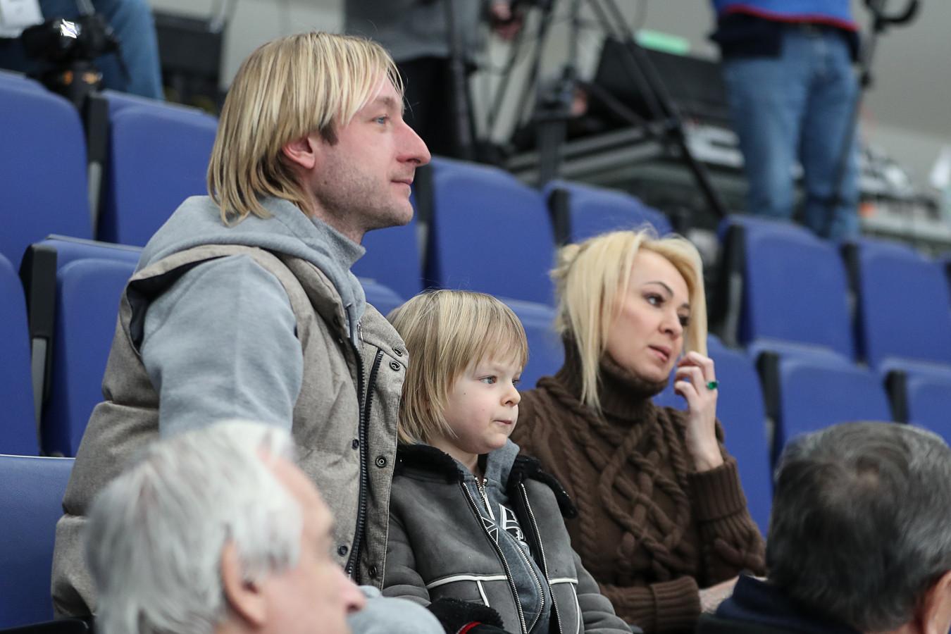 Плющенко и Рудковская сделали прививки от коронавируса