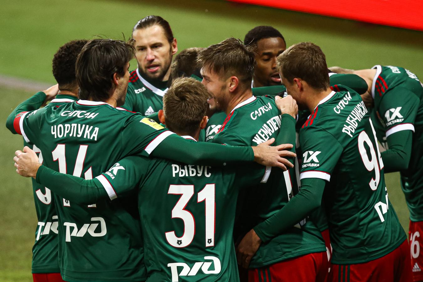Турнирная таблица РПЛ: «Локомотив» поднялся на 2-е место, «Рубин» вытеснил ЦСКА из топ-4
