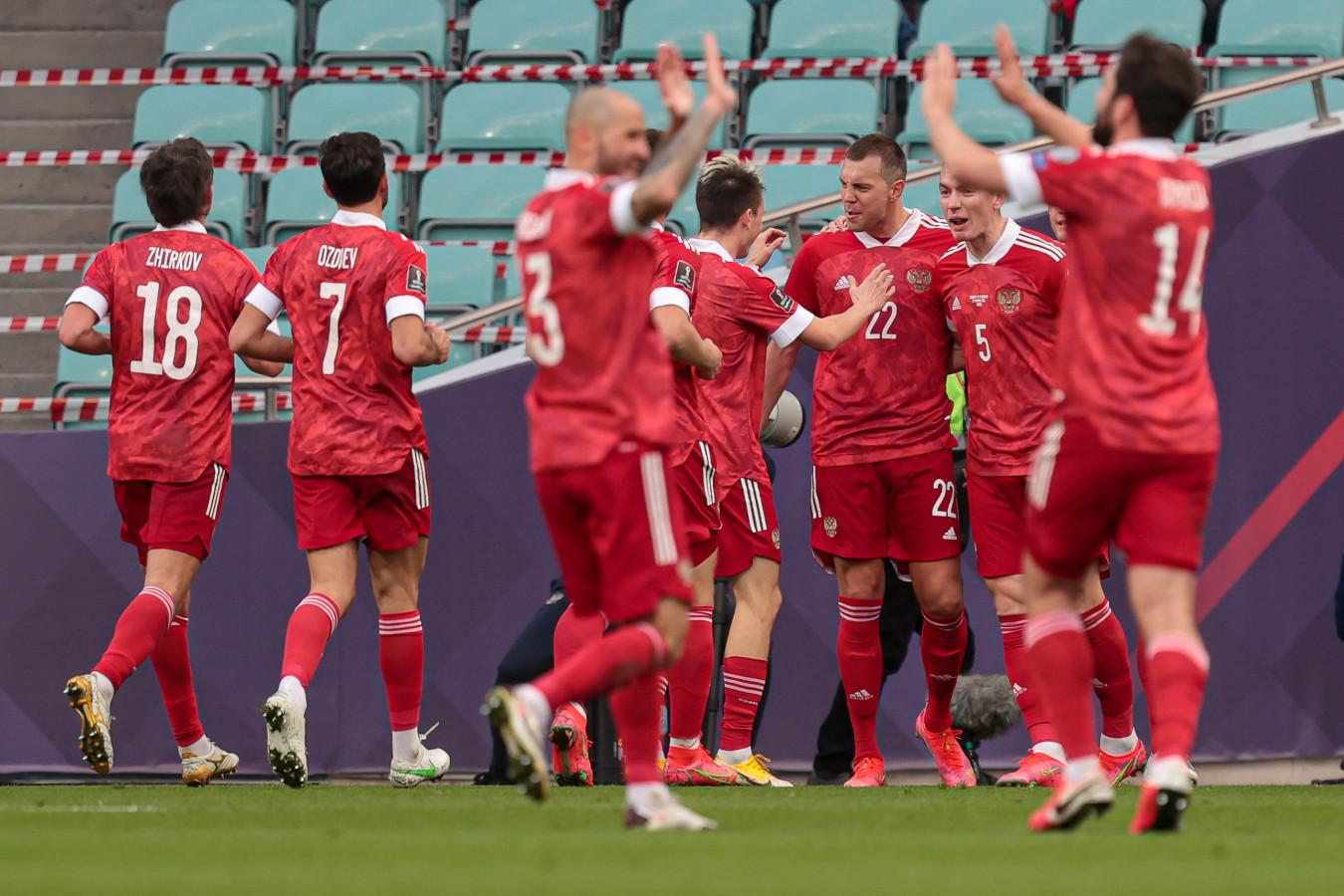 Сборная России в июне сыграет с Болгарией