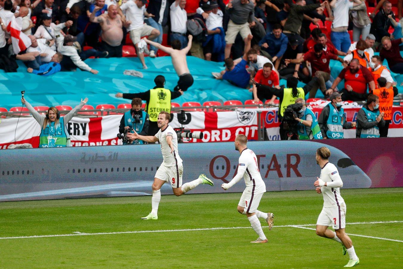Сборная Англии обыграла Германию и вышла в 1/4 финала Евро-2020