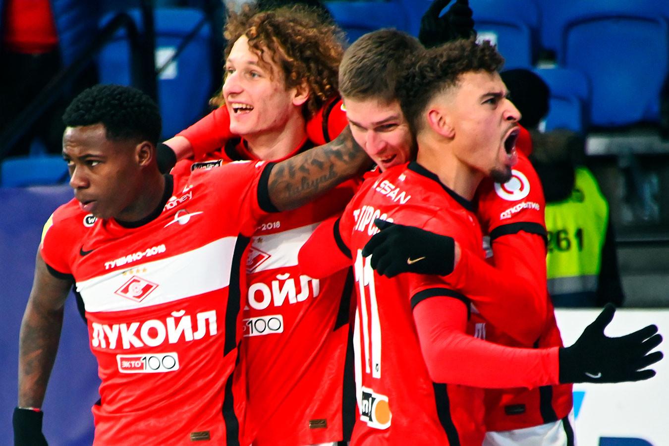 «Спартак» обыграл «Динамо» и вышел на второе место в РПЛ
