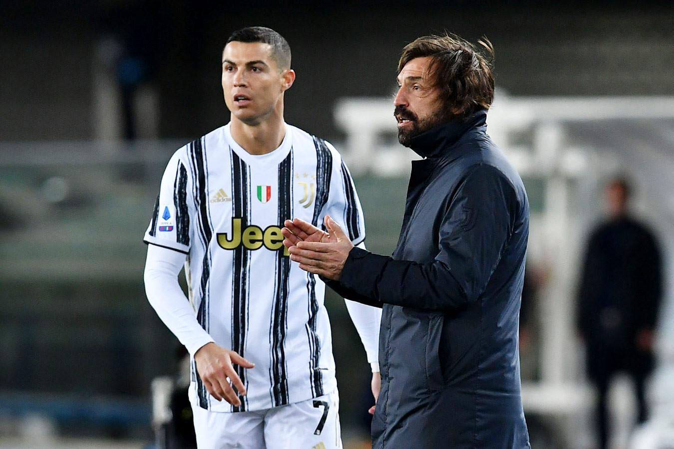 В «Ювентусе» заявили, что Роналду и Пирло не покинут клуб летом