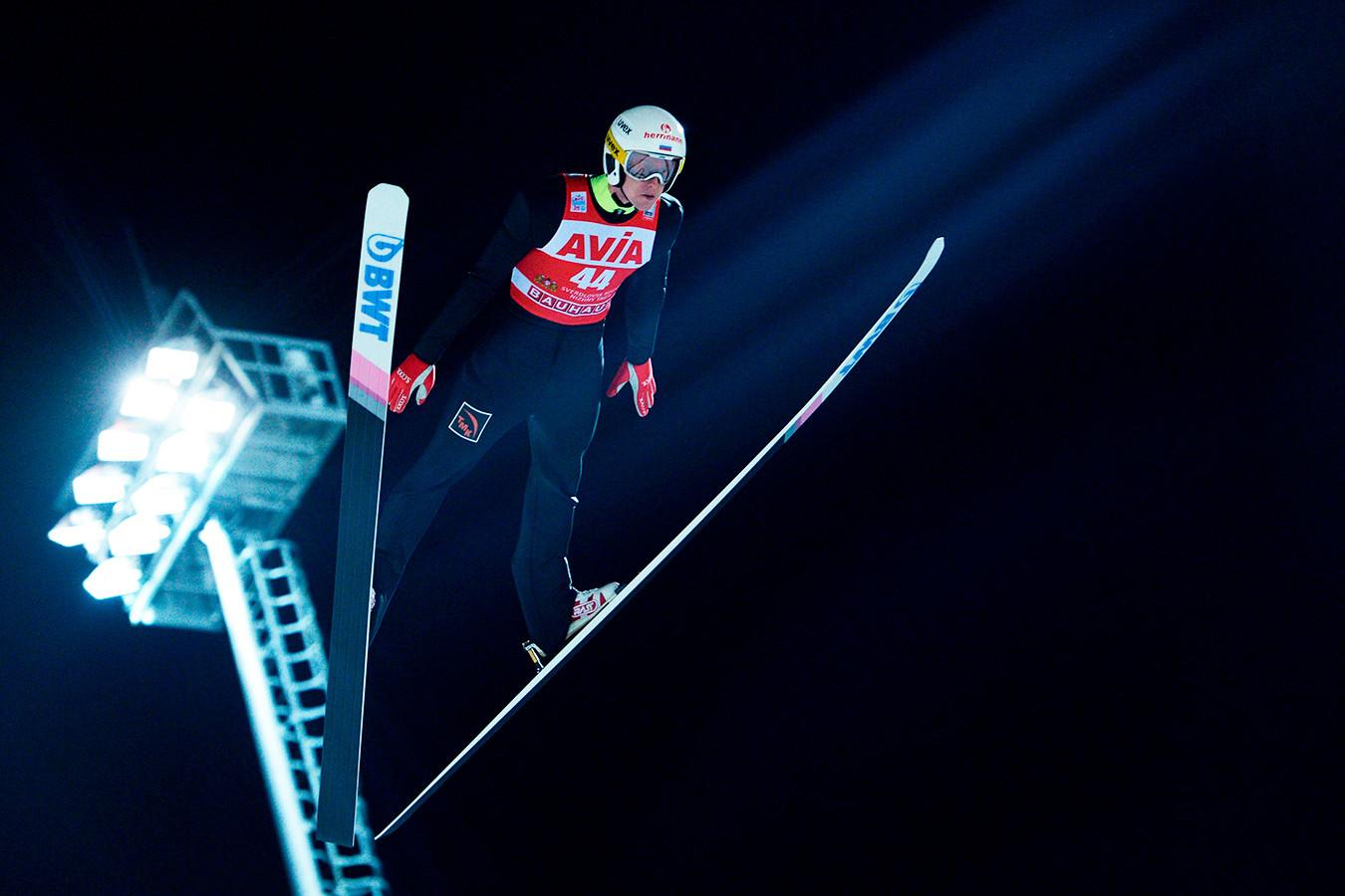 Поляк Жила завоевал золото ЧМ в прыжках на лыжах с трамплина, Климов — 18-й