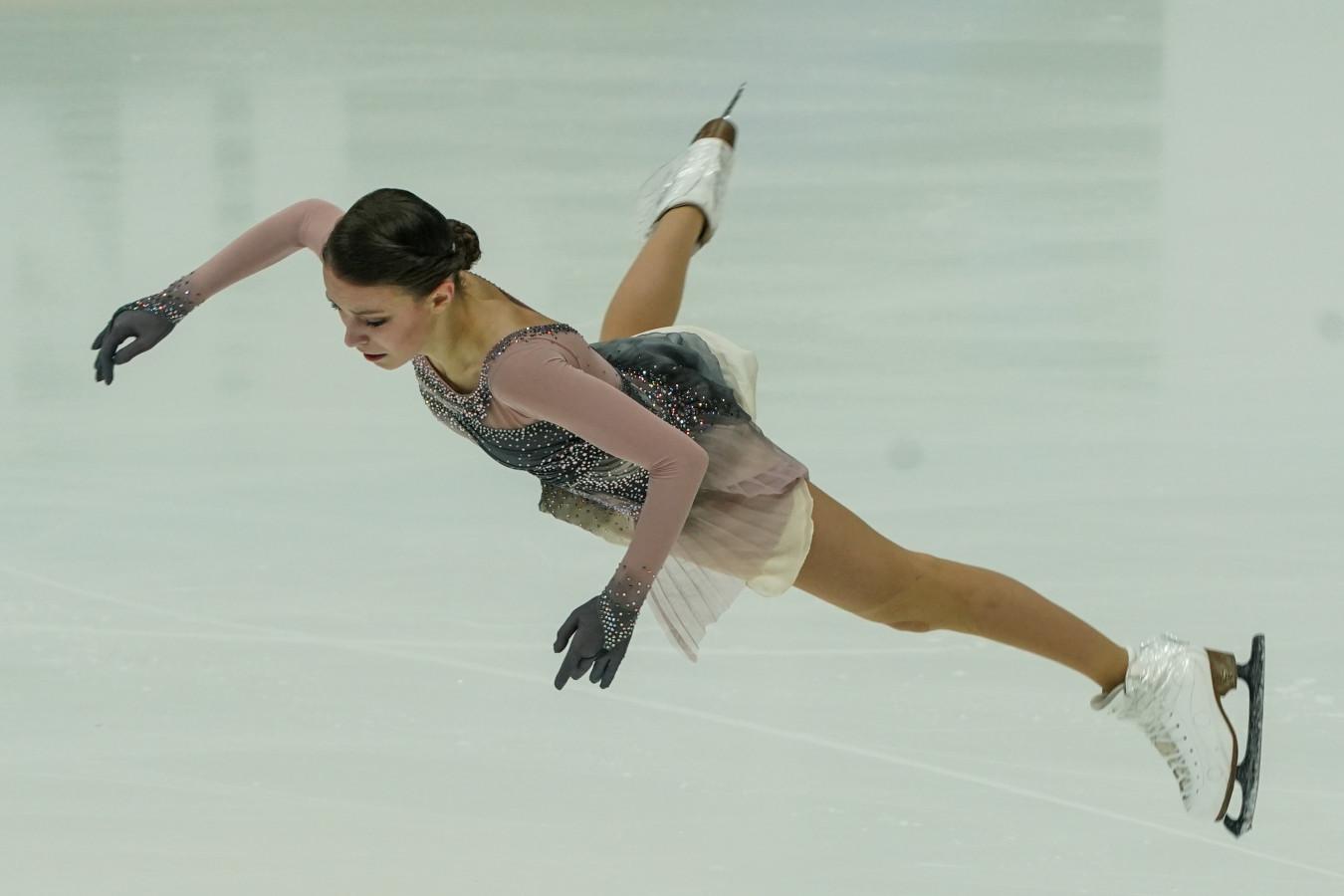 Анна Щербакова четырежды упала на тренировке произвольной программы на ЧМ