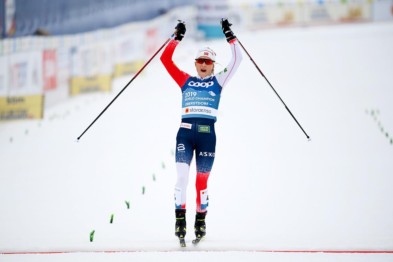 Йохауг выиграла скиатлон на лыжном чемпионате мира, Сорина — восьмая