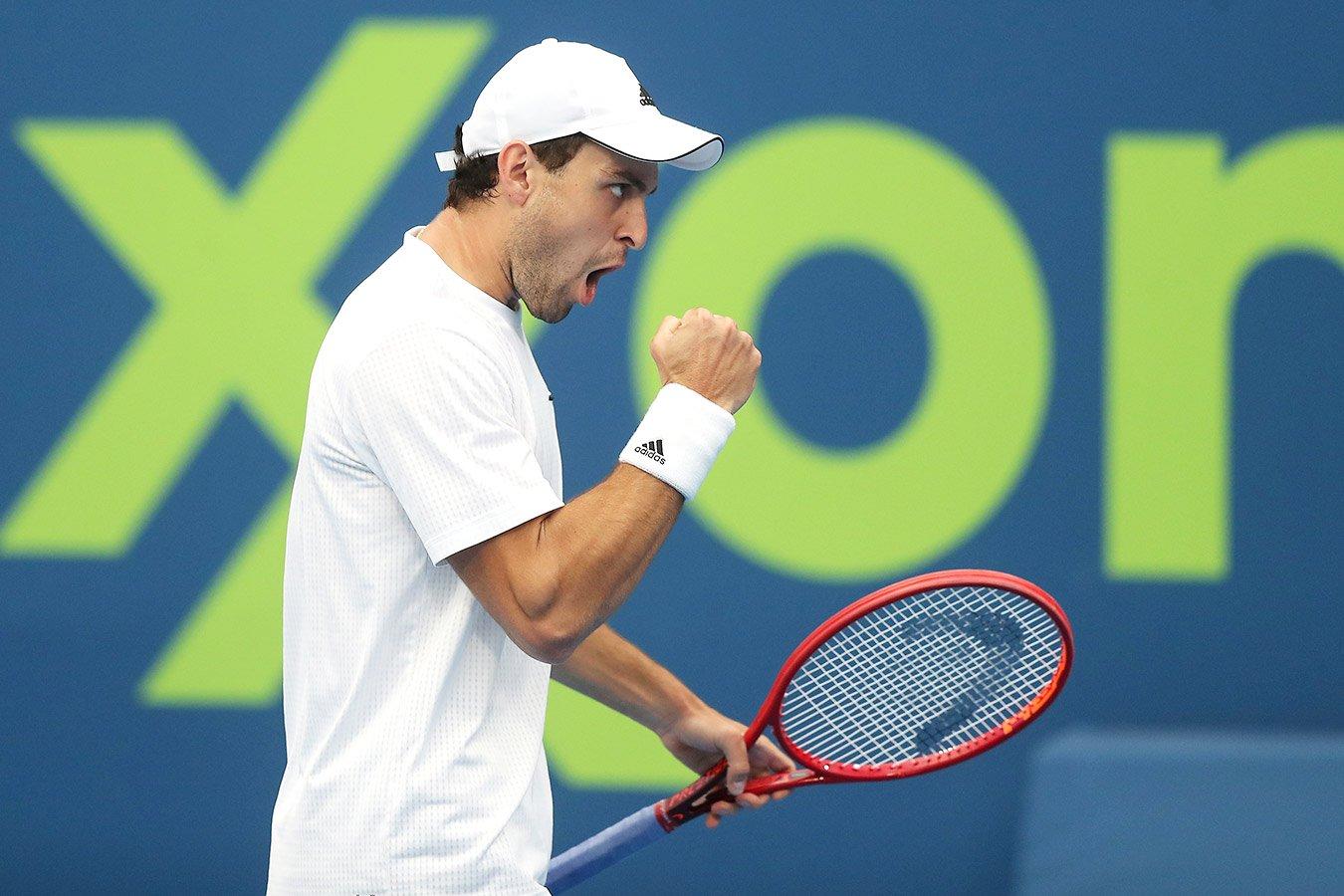 Аслан Карацев победил Даниила Медведева во втором круге «Мастерса» в Риме