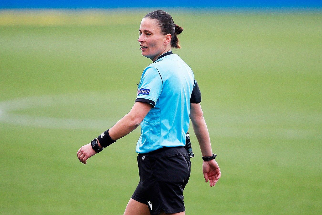 Анастасия Пустовойтова обслужит финальный матч женского футбольного турнира Олимпиады