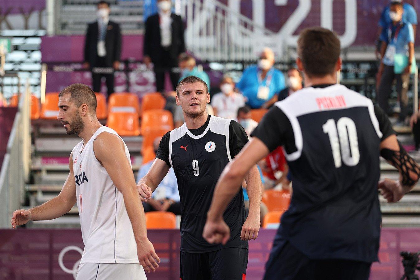 Мужская сборная России по баскетболу 3х3 разгромила Сербию и вышла в финал Олимпиады