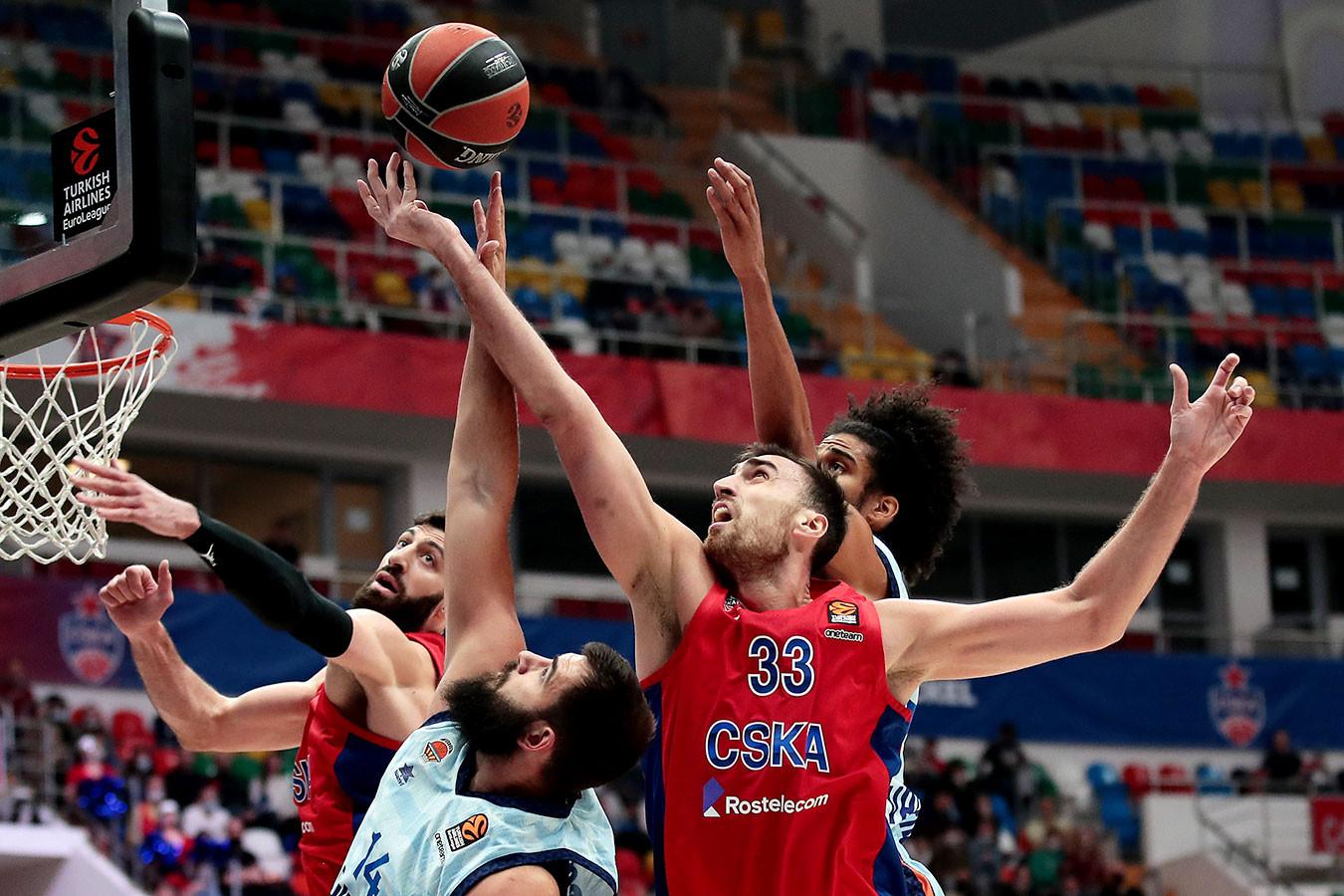 ЦСКА победил «Валенсию», прервав серию из двух поражений