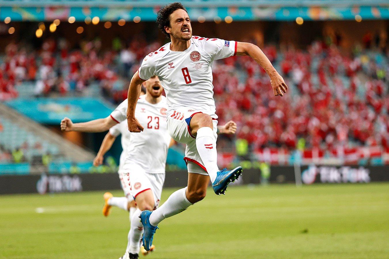 Сборная Дании обыграла Чехию и вышла в полуфинал Евро