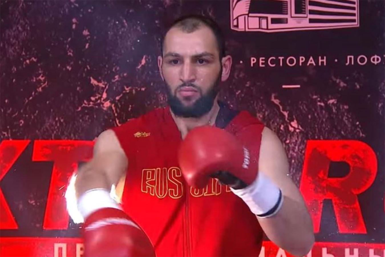 Боксёр Пашалиев госпитализирован после тяжёлого нокаута на турнире в Москве