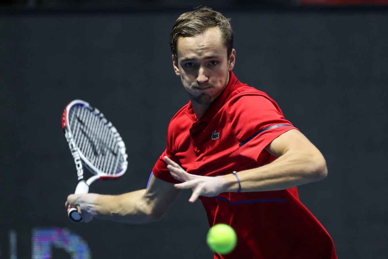 Даниил Медведев стал первым россиянином в полуфинале Итогового турнира АТР за 11 лет