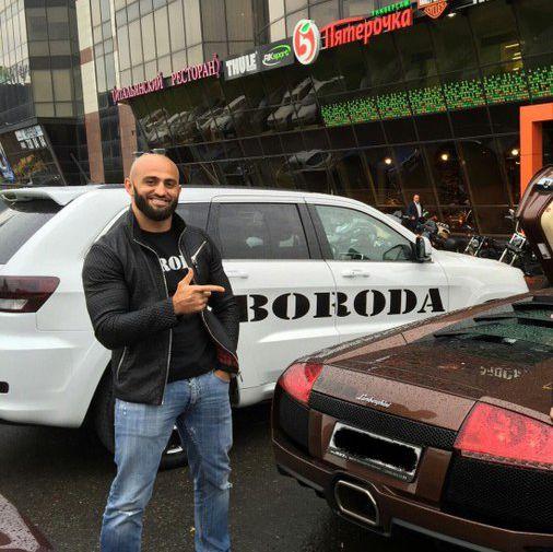 Боец Шлеменко заявил, что Яндиева надо судить за нападение на Харитонова