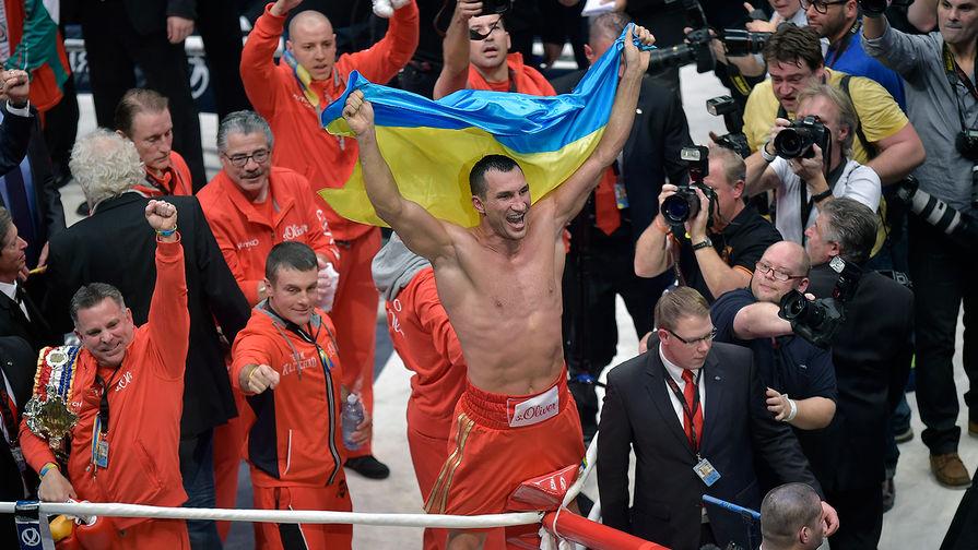 Владимир Кличко поддержал сборную Украины и намекнул на возобновление карьеры