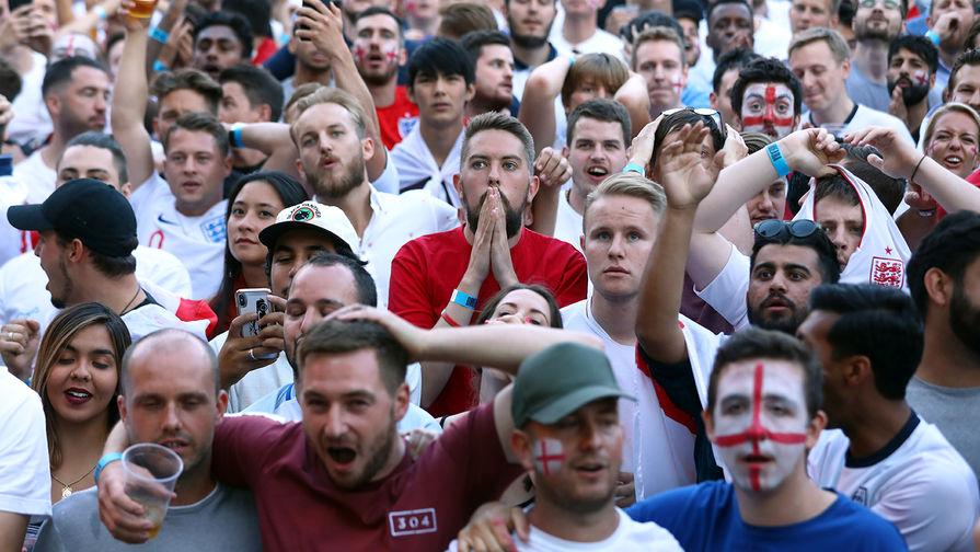 Болельщики устроили драку возле 'Уэмбли' перед финалом Евро-2020