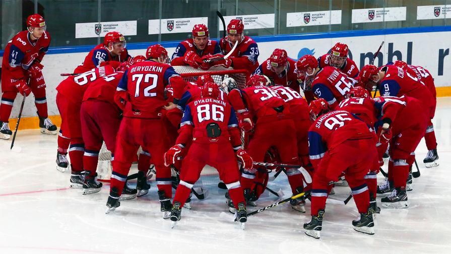 Ярославский 'Локомотив' обыграл 'Сибирь' в матче КХЛ