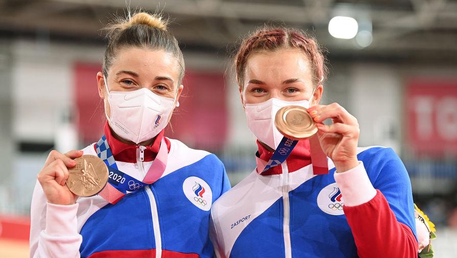 'Мы русские! Мы сборная России! Ура!': спортсмены ОКР вернулись на родину
